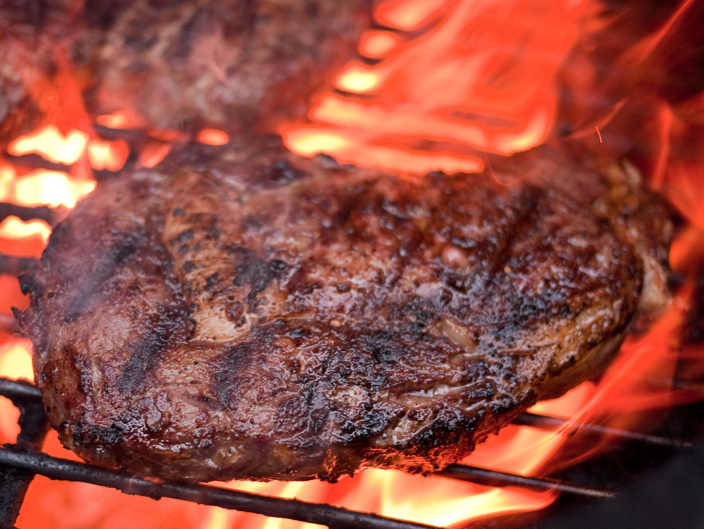 Grilled Ribeye Steaks on Weber Kettle   Grilled Rib Eye Steak ...