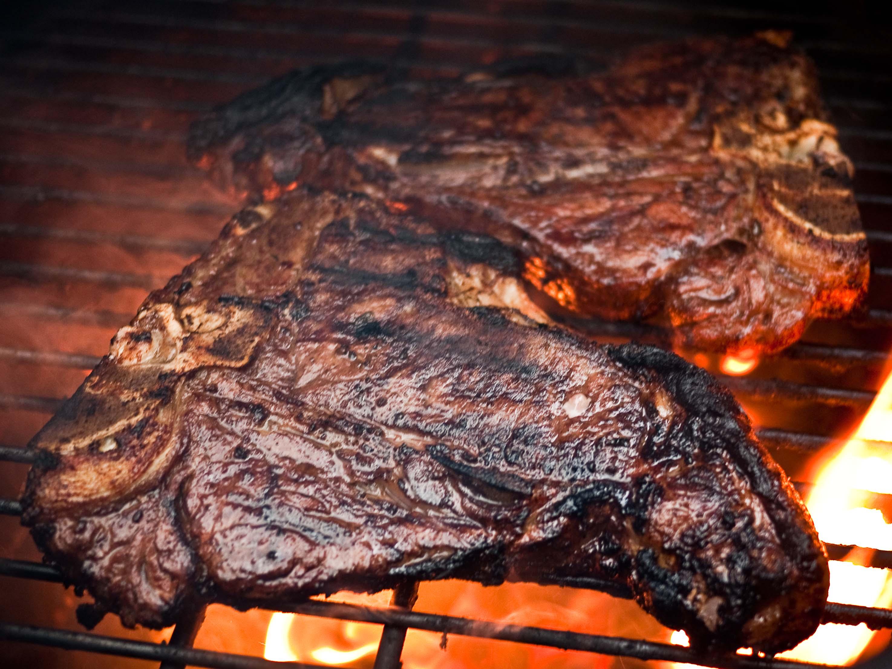 steaks_P1020480080910.jpg