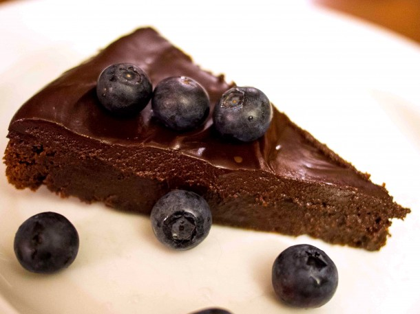 Flourless Chocolate Cake with Chocolate Ganache - Food & Fire